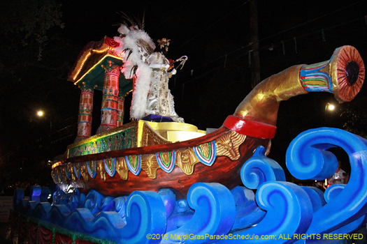 Krewe of Cleopatra roll in New Orleans for Mardi Gras - photo by Jules Richard