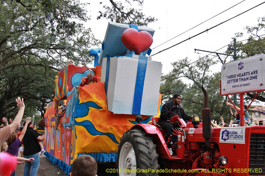 Float in the Krewe of Freret parade - photo by Jules Richard