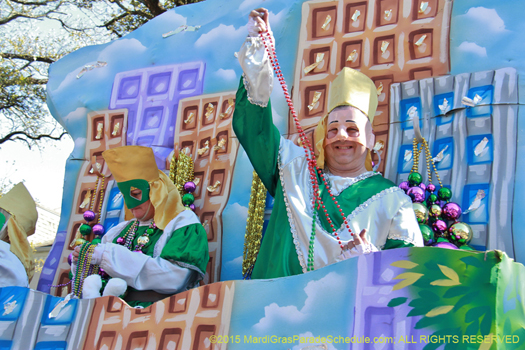 Krewe of Pontchartrain 2015 - photo by Jules Richard
