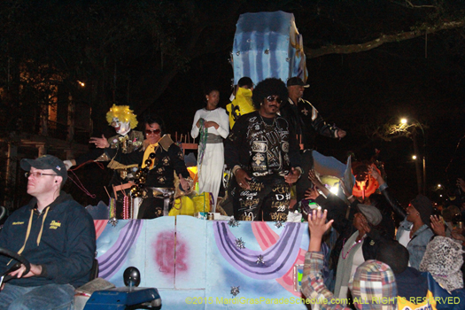 Mardi Gras parade, the Krewe of Oshun rolls the sreets of New Orleans - photo by Jules Richard