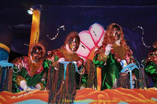 Krewe of Babylon, new orleans Mardi Gras - photo by Jules Richard