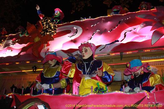 Krewe of Endymion 2016 Mardi Gras - photo by Jules Richard